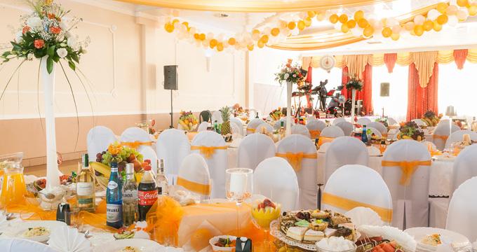 Sala na wesela oraz inne uroczystości, np. bankiety, spotkania rodzinne